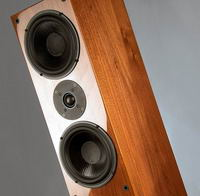 Wilson Benesch Square Series 2: de Square Five